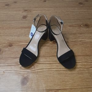 A New Day Heels Size 8